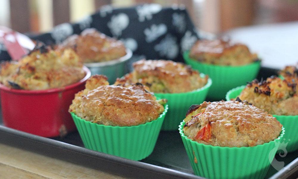 Muffin integral de quinoa e alho-poró